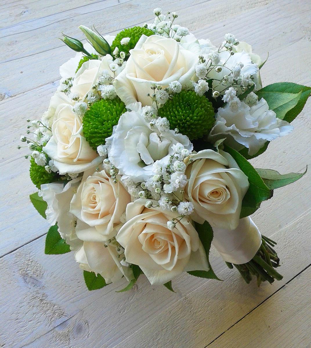 Bouquet Sposa Bianco E Verde.Allestimenti Matrimoni In Bianco Fiori Sala